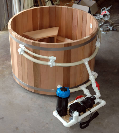 Ukko Economy Range Cedar Hot Tub