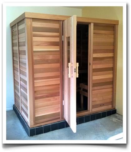 Ukko Cedar Log Sauna 2042 x 1442mm