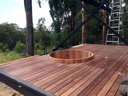 Ukko Cedar Hot Tub