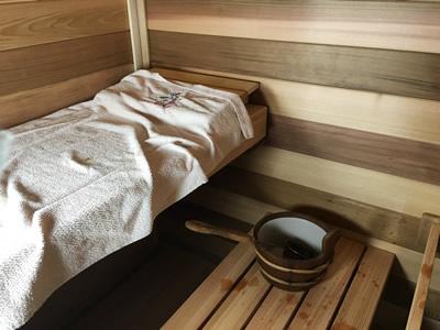 upper sauna bench