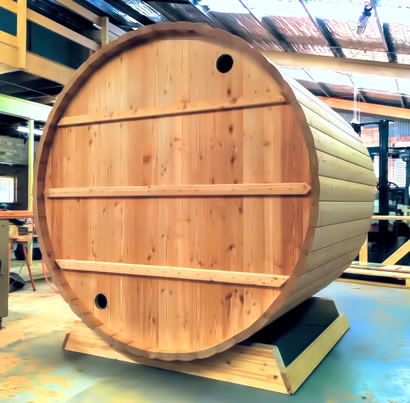 Ukko Larch Barrel back wall